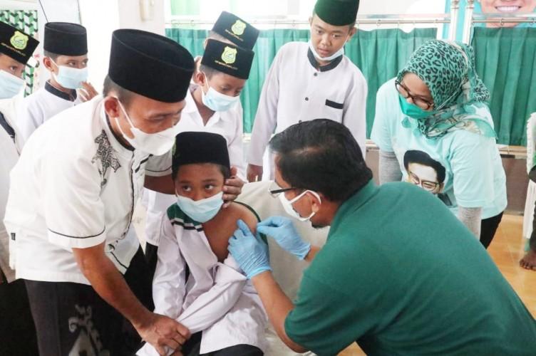 PKB Lampung Gelar Vaksinasi di Ponpes Darussalamah