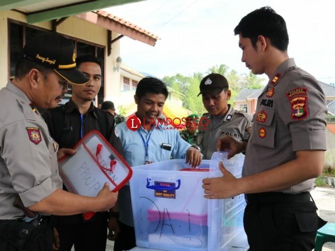 Pleno KPU Tanggamus Berjalan Tertib dan Lancar