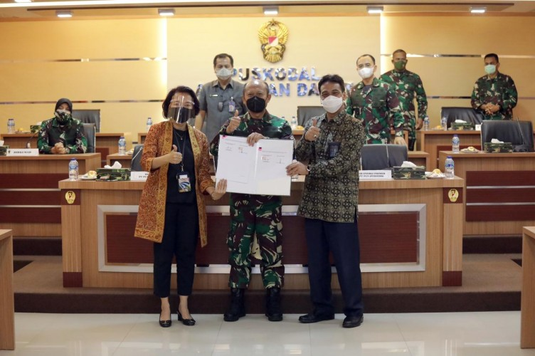 PLN Perkuat Sinergi dengan TNI AD Amankan Pasokan Batubara