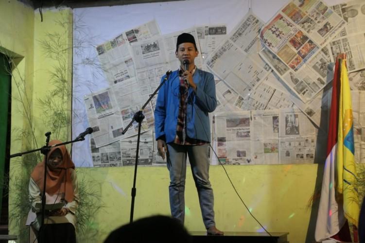PMII dan Seniman Lamsel Gelar Malam Puisi Panggung
