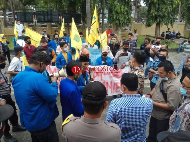 PMII Lamsel Gelar Demo Tolak UU Omnibus Law