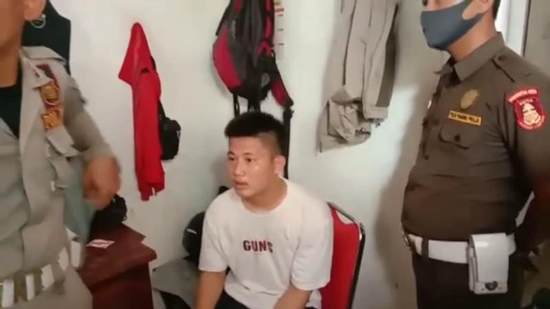 Pol-PP Tangkap Pencuri Helm di Kantor Pemkot