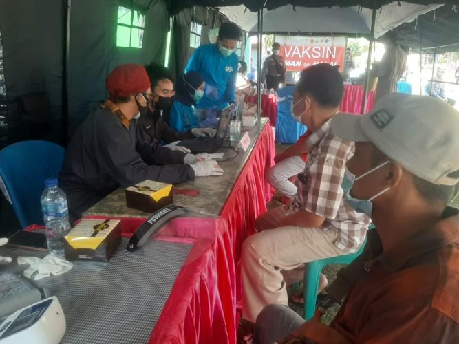 Polda Lampung Gelar Vaksinasi Covid-19 untuk Warga Terluar