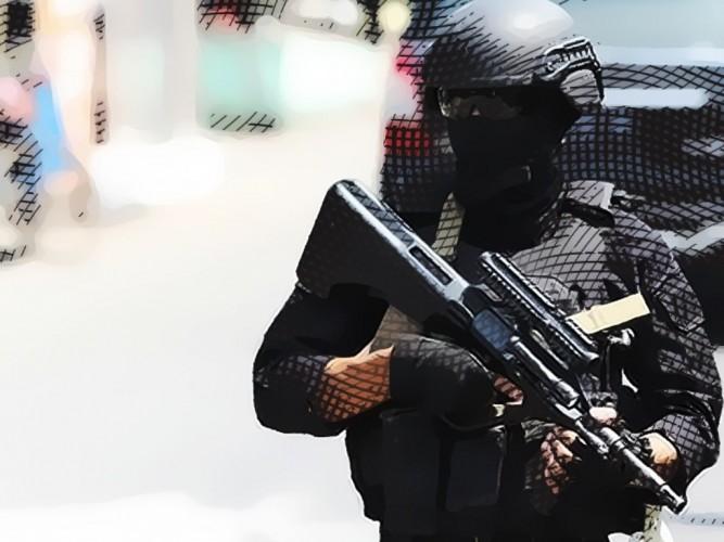 Pria Diduga Membawa Bom Rakitan Ditangkap