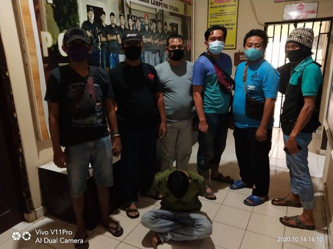 Polisi Bekuk Buronan Begal Sales Rokok di Lampura