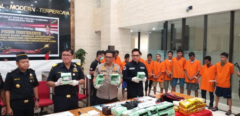 Polisi Bongkar Penyelundupan Sabu dari Malaysia