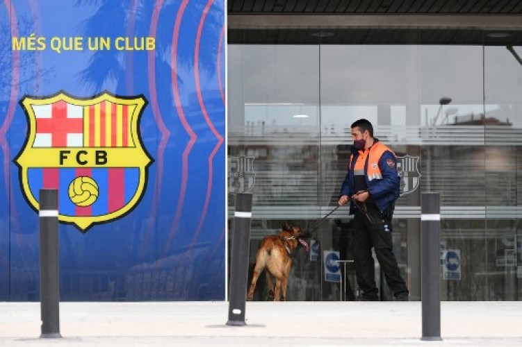 Polisi Geledah Kantor Barcelona Terkait Skandal Barcagate