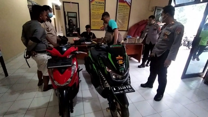 Polisi Gerebek Kontrakan Penampung Motor Curian