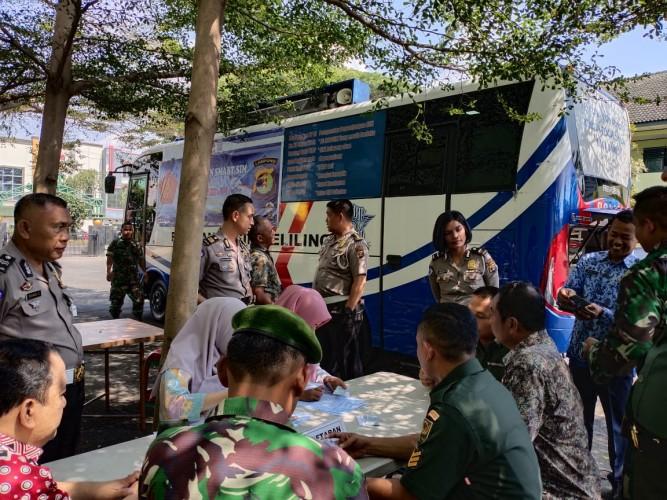 Polisi Gratiskan Pembuatan <i>Smart Sim</i> untuk TNI