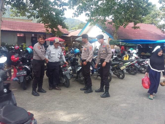Polisi Perketat Pengamanan di Pasar Liwa