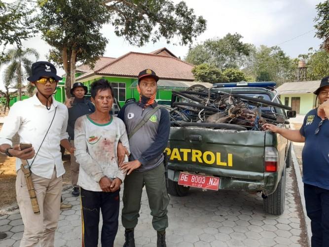 Polisi Ringkus Pemburu Liar di Kawasan TNWK
