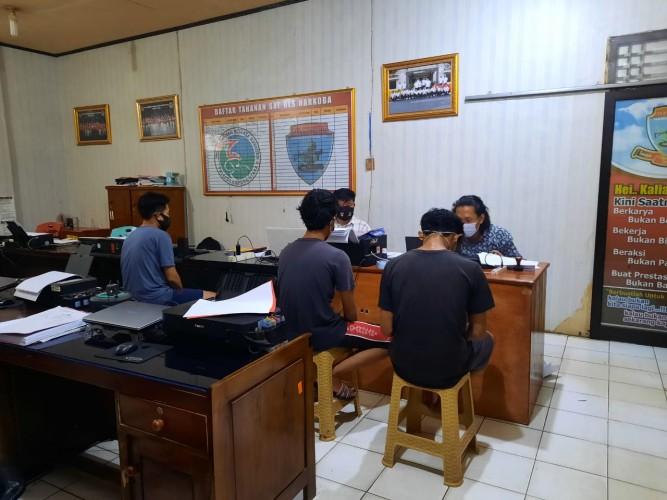 Polisi Ringkus Tiga Warga Kotabumi saat Asyik Konsumsi Sabu