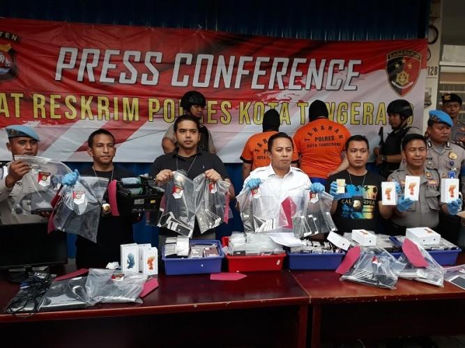Polisi Sita 1.697 iPhone Rekondisi di Tangerang