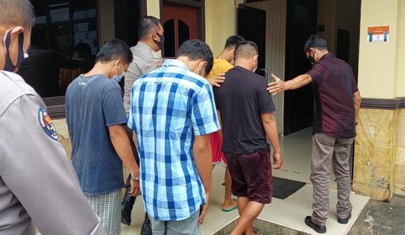 Polisi Tangkap Empat Pelaku Penodongan di Pantai Limau