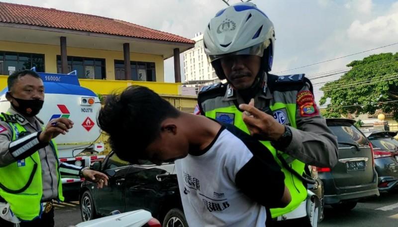 Polisi Tangkap Pengedar Sabu Saat Patroli di Bandar Lampung