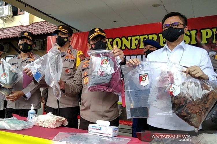 Polisi Ungkap Tersangka Pembunuhan Satu Keluarga di Rembang