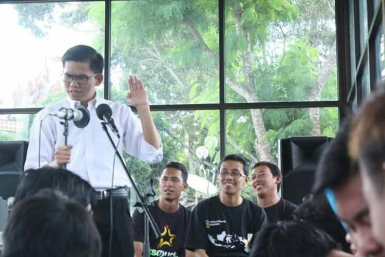 Politisi PKS Siapkan Puisi untuk Lamban Sastra