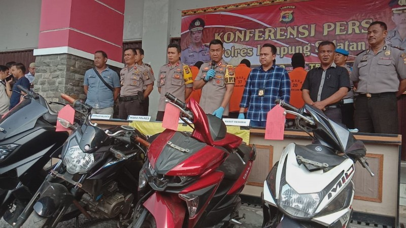 Polres Lamsel 'Sikat' LimaBandit