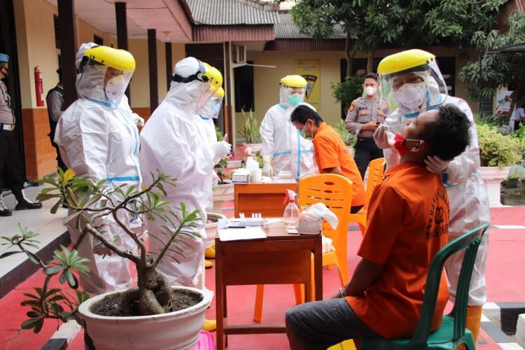 Polres Pringsewu Rapid Antigen 96 Tahanan