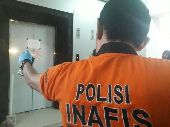Korban Jatuh saat Memperbaiki Lift Akhirnya Meninggal