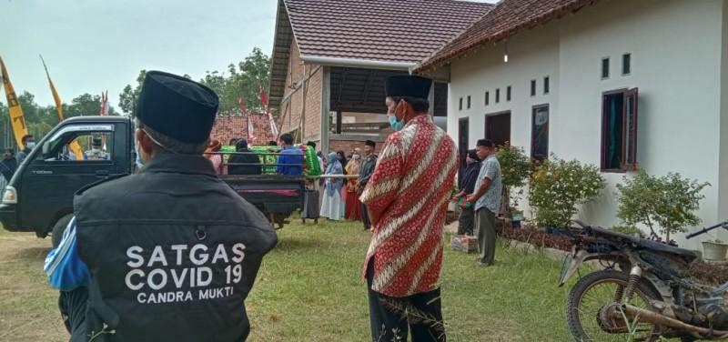 Positif Covid-19, Warga Tubaba Dikebumikan Tanpa Prokes