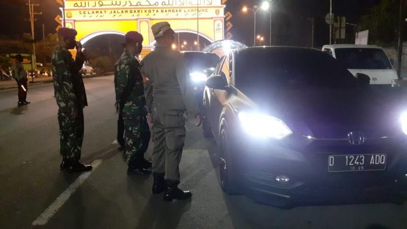 1.378 Kendaraan Dipaksa Mampir di Posko Penyekatan Kota