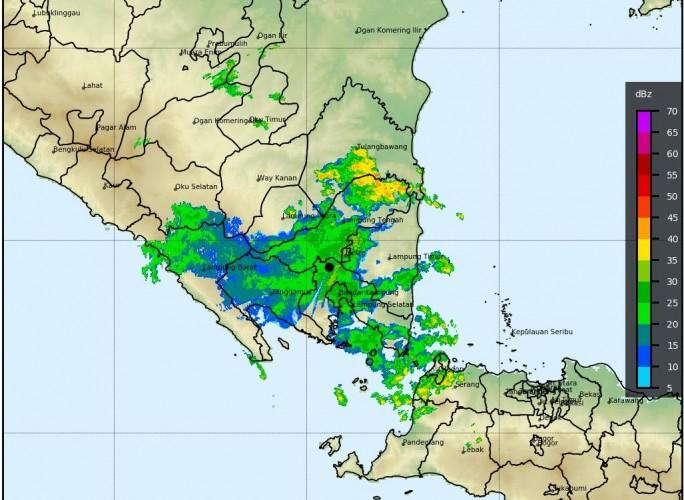 Potensi Hujan Disertai Angin Kencang Masih Ancam Lampung