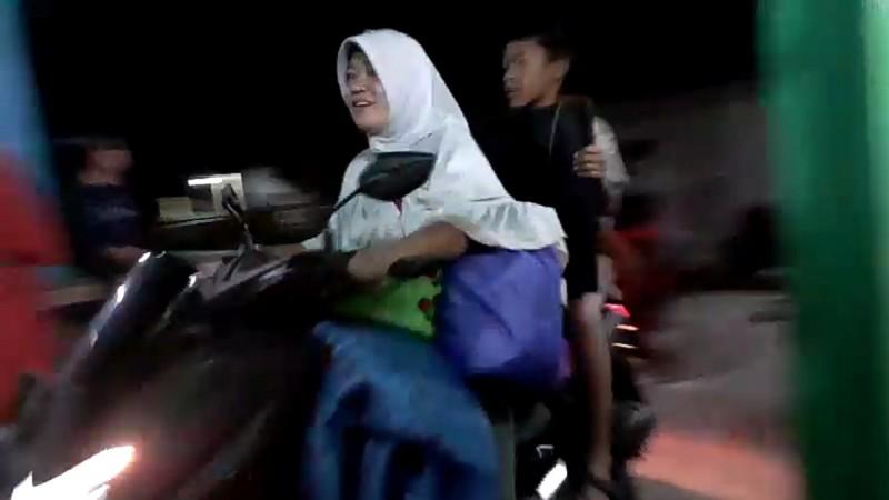 Potensi Tsunami, Warga Kunjir Mengungsi ke Dataran Tinggi