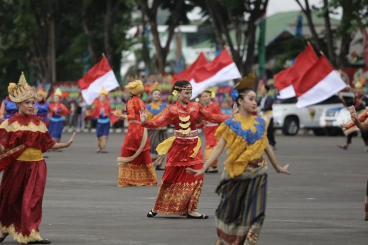 Prajurit dan Mahasiswa Persembahkan Sosio Drama Peringati HUT TNI