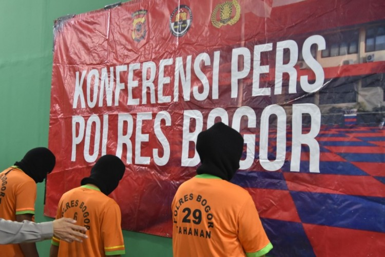 Praktik Prostitusi di Puncak Bogor Terbongkar