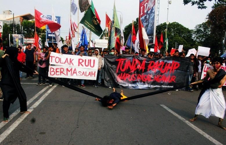 Presiden Harus Hati-hati Terbitkan Perppu KPK