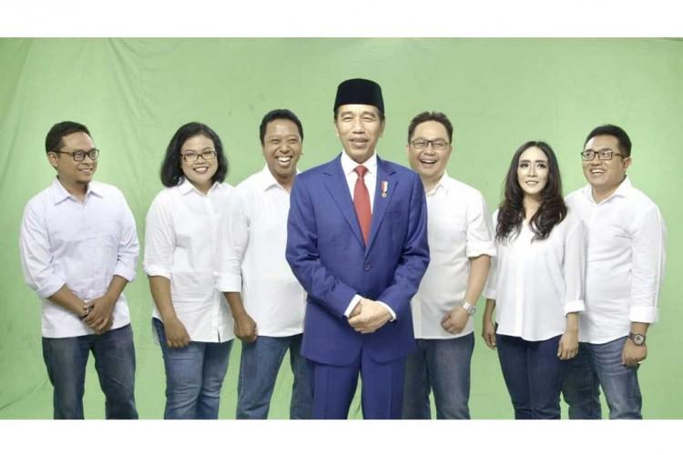 Presiden Jokowi Berkolaborasi dengan Band Bhinneka Svara IX