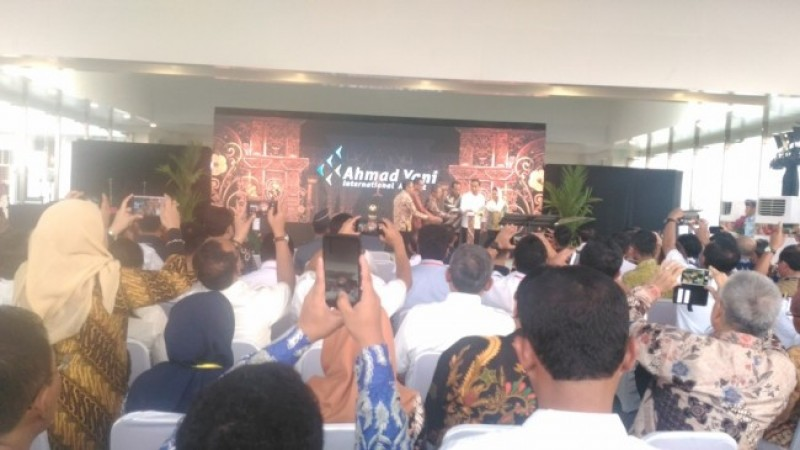 Presiden Jokowi Resmikan Terminal Baru Bandara Ahmad Yani