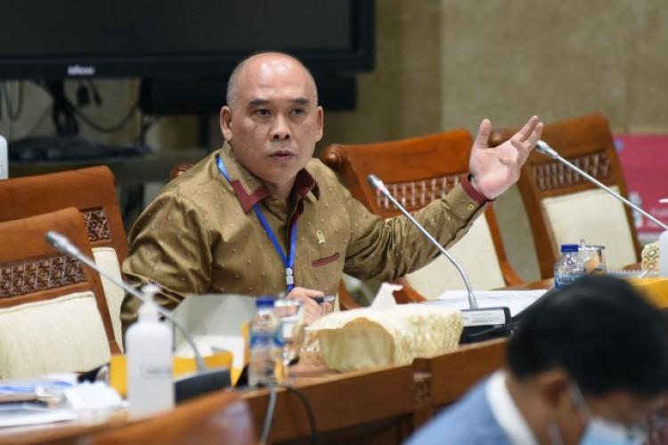 Presiden Jokowi Terkesan Bekerja Sendirian