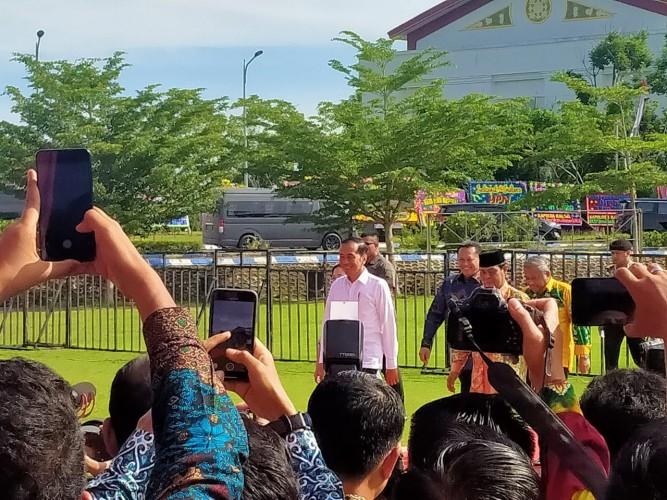 Presiden Saksikan Pemberian Anugerah Kebudayaan ke Bupati Tubaba