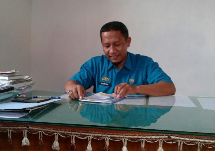 Program Mandiri Kotaku Bangun 2 Unit WC Umum di Kelurahan Cempedak