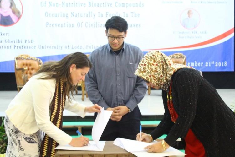 Promitra 1, UMITRA Indonesia MoU dengan University of Lods Polandia