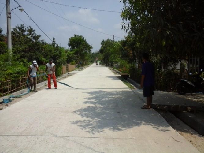 Proyek Jalan Rabat Titirante Asal Jadi