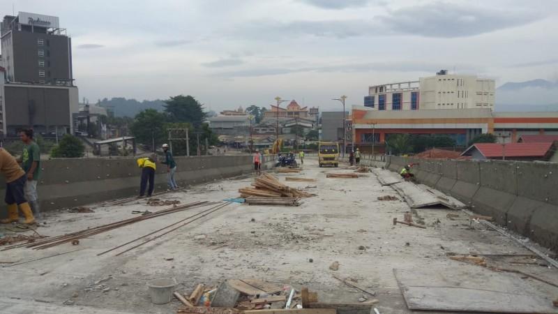 Proyek Pembangunan Fly Over Sultan Agung Capai 85 Persen