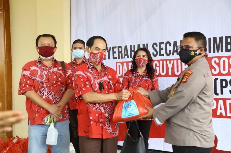 PSMTI Bagikan 10 Ribu Paket Sembako Lewat Polda Lampung