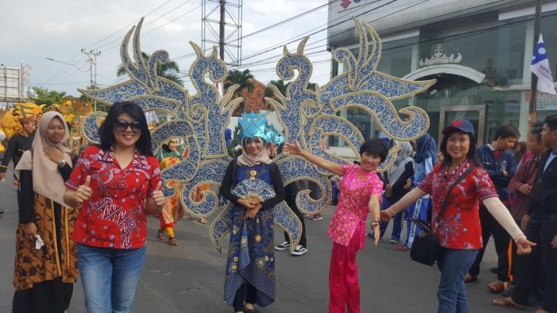 PSMTI Bandar Lampung Turut Ramaikan Parade Seni Budaya