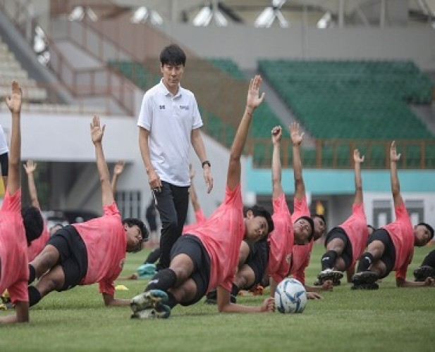 PSSI dan Shin Tae-yong Harus Berdamai demi Timnas