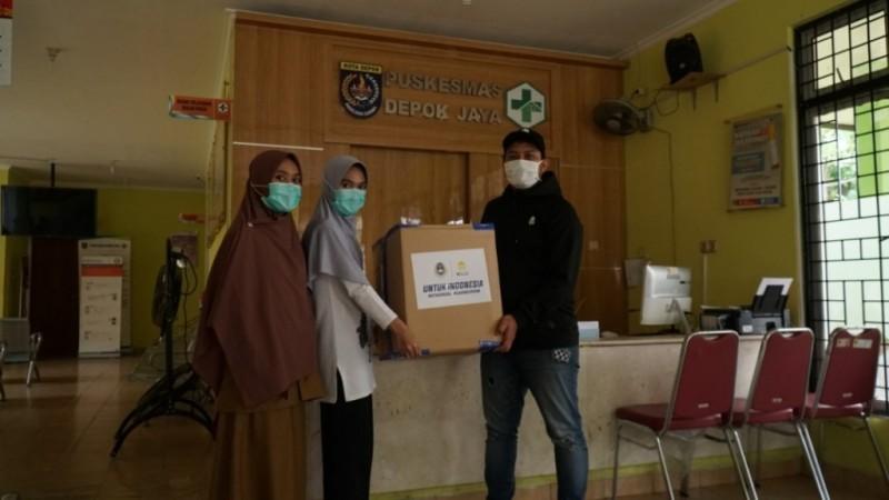 PSSI Sumbang APD ke Rumah Sakit di Depok