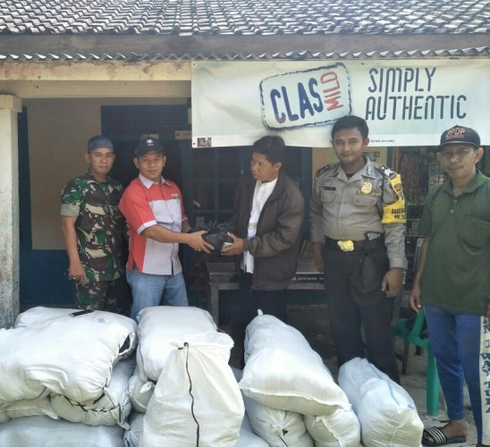 PT. Budi Starch & Sweetener Bagikan 1.200 Paket Sembako