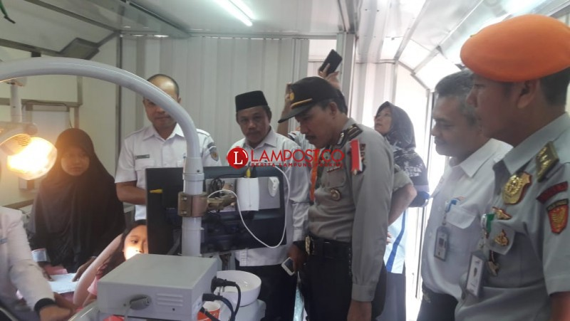 PT KAI Divisi Regional IV Tanjungkarang Gelar Pengobatan Gratis di Candimas