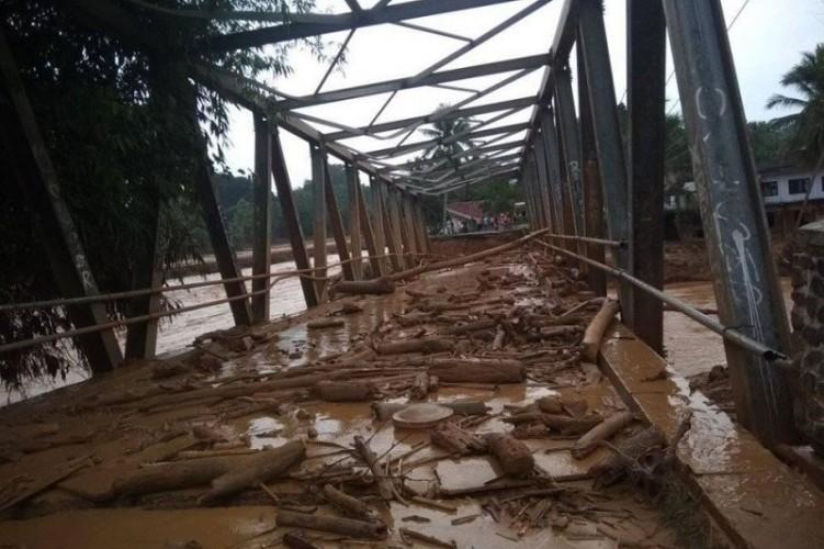 Puluhan Jembatan di Lebak Banten Rusak Akibat Banjir