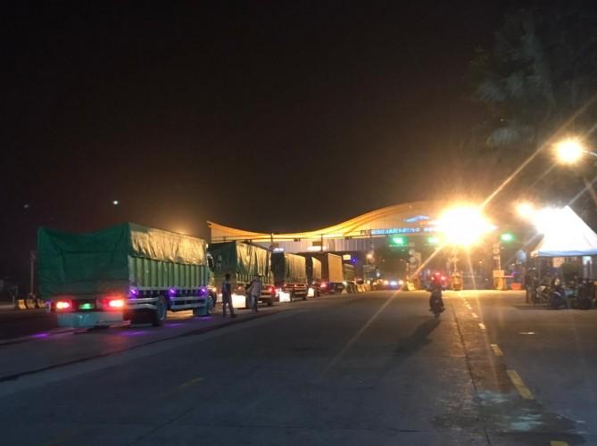 Puluhan Kendaraan Dipaksa Putar Balik di Hari Pertama Pelarangan Mudik