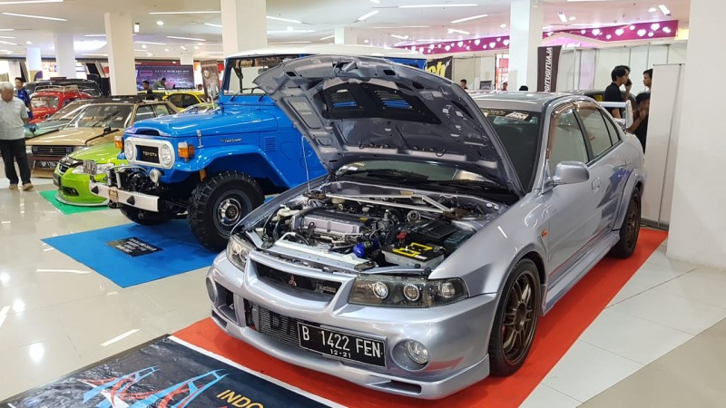 Puluhan Mobil Bertarung Keindahan Interior Berbahan MBtech