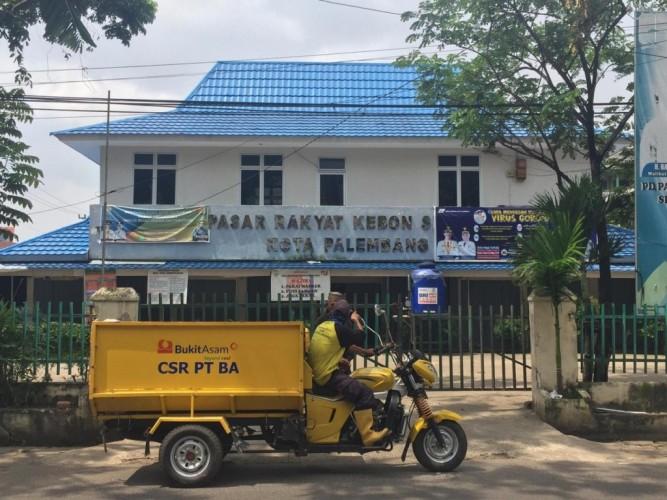 Puluhan Pedagang Pasar Tradisional di Palembang Kena Korona
