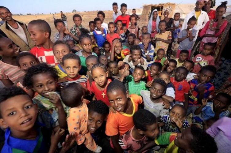 Puluhan Ribu Anak-Anak Ethiopia Terancam Mati Kelaparan